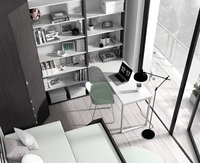 Bureau avec étagères