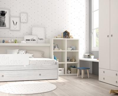 Chambre d'enfant avec lit gigogne, bureau, armoire et étagère