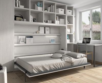 Chambre avec lit escamotable avec étagères, armoire et bureau